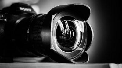 لنز دوربین هدیه ای برای عشق عکاسی