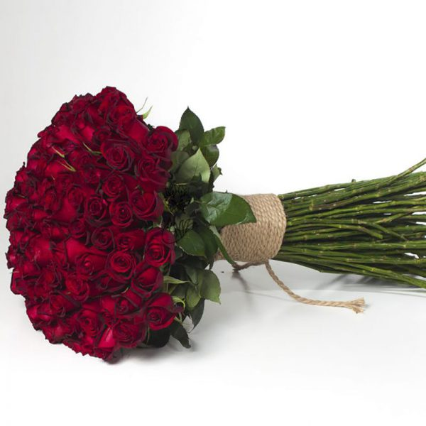 یک بغل گل رز هلندی لوکس