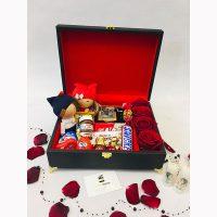 باکس هدیه چمدان عاشقانه