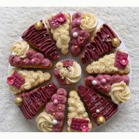 کیک اسلایسی با تم کرم - بنفش