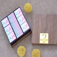 شکلات سفارشی با جعبه چوبی